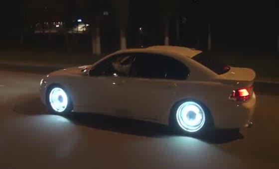 AMET advierte es ilegal utilizar barras de luces led en vehículos