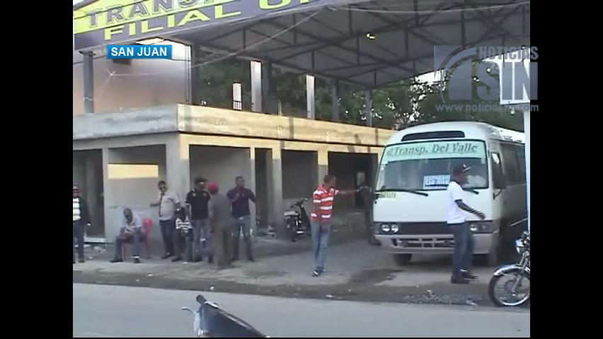 Transportistas en San Juan amenazan con lanzarse a las calles