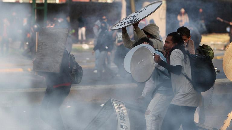 Continúan protestas por desaparecidos en México;Gobierno afirma no ocultar nada