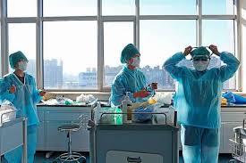 Paciente de ébola en Nueva York es dado de alta al superar la enfermedad