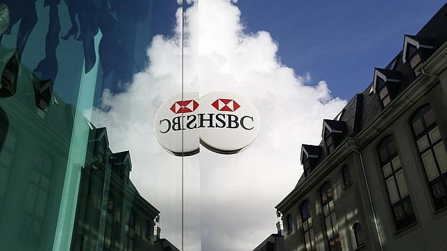 Multa de EEUU, Reino Unido y Suiza a cinco bancos por manipular tipos de cambio