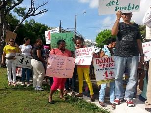 Mujeres piden a Danilo permitir sea el pueblo que decida su repostulación