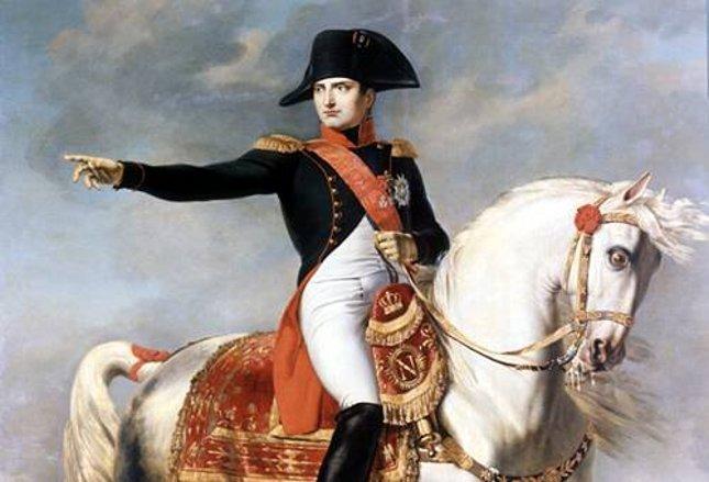 Un sombrero de Napoleón, subastado por más de un millón de euros en París