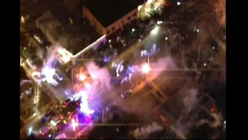 Ferguson intenta retomar la normalidad tras dos noches de caos y disturbios