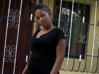 Matan mujer de siete puñaladas en Cabrera