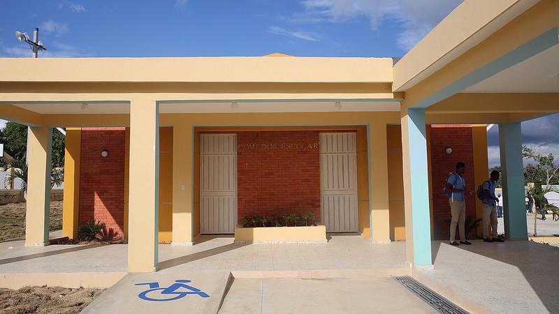 Pedro Brand y Los Guaricanos reciben 44 aulas para Tanda Extendida