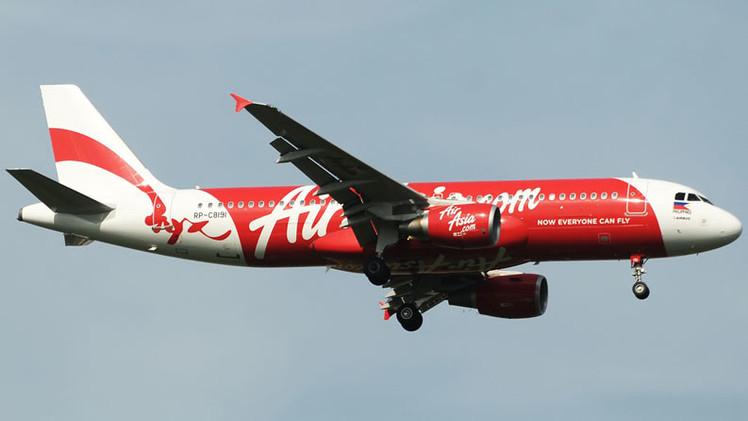 El avión de AirAsia desaparecido podría estar en