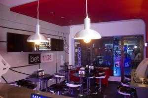 Sport Bar bet 1128 realizó encuentro con la crónica deportiva