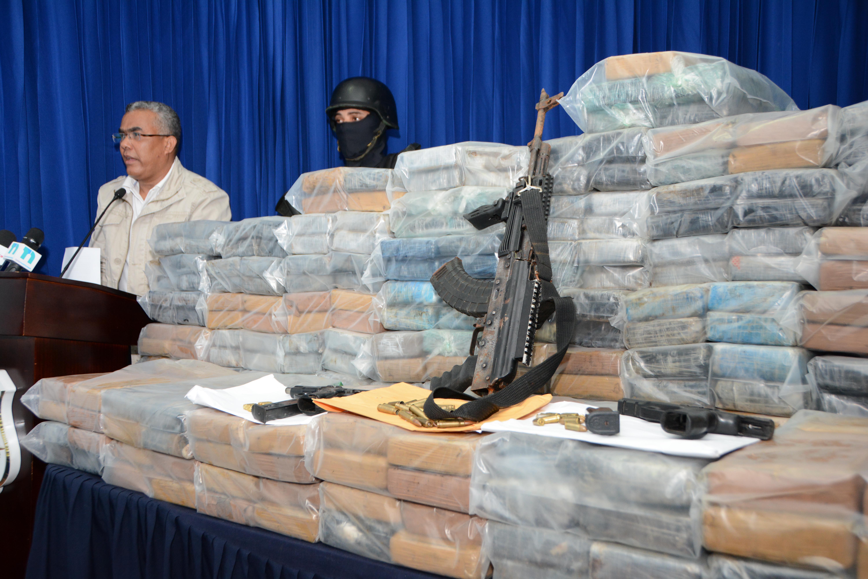 DNCD decomisa 499 paquetes de droga a red de colombianos y dominicanos en zona Este de RD