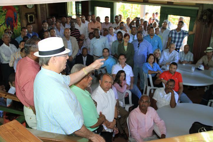 Hipólito Mejía anuncia buscará candidatura presidencial para el 2016