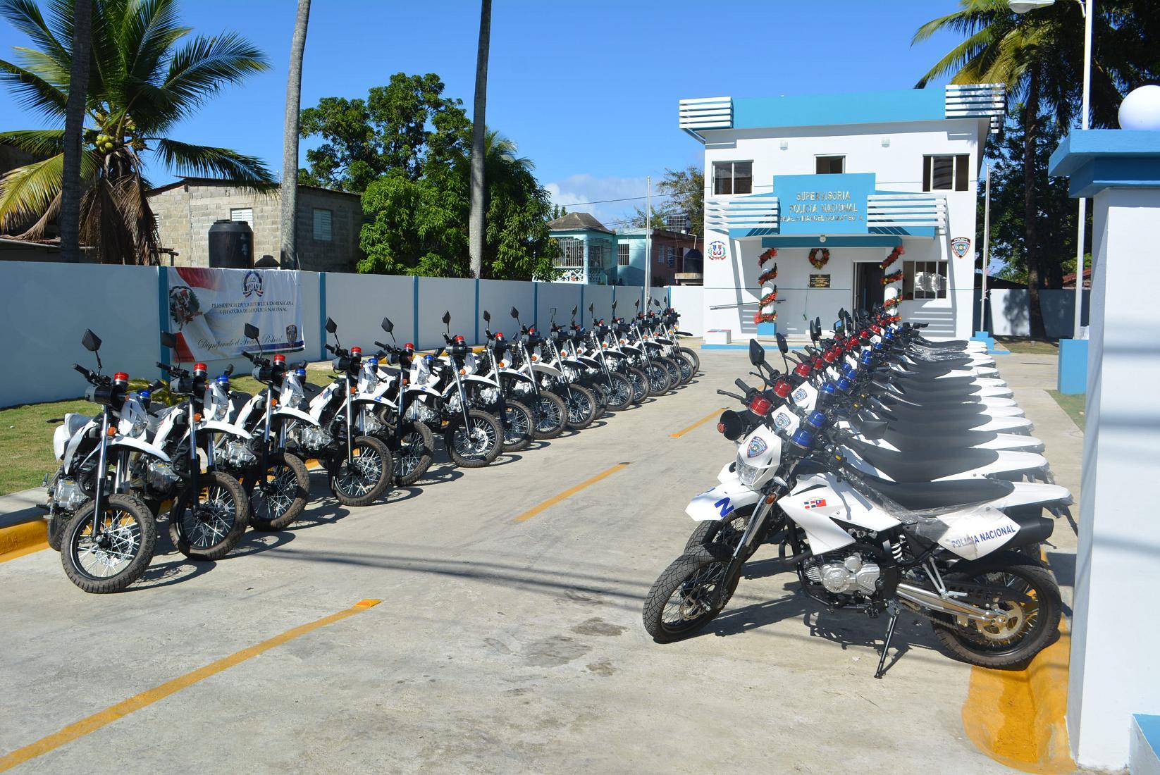 Jefatura PN lanza operativo Navidad Tranquila 2014 en Puerto Plata