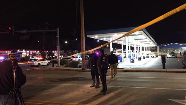 Joven afroamericano muere tras disparo de la policía en cercanías de Ferguson