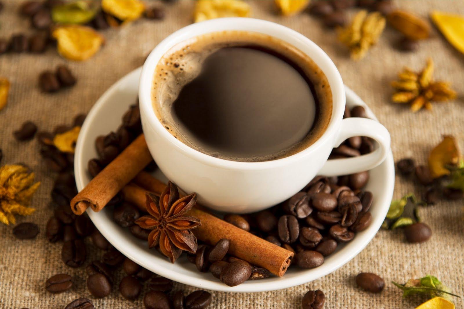 Tazas blancas : Las mejores para saborear el café ;según científicos