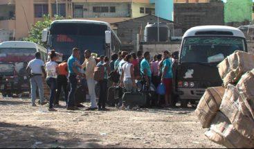 Decenas de personas se trasladan a diferentes provincias para recibir el Año Nuevo