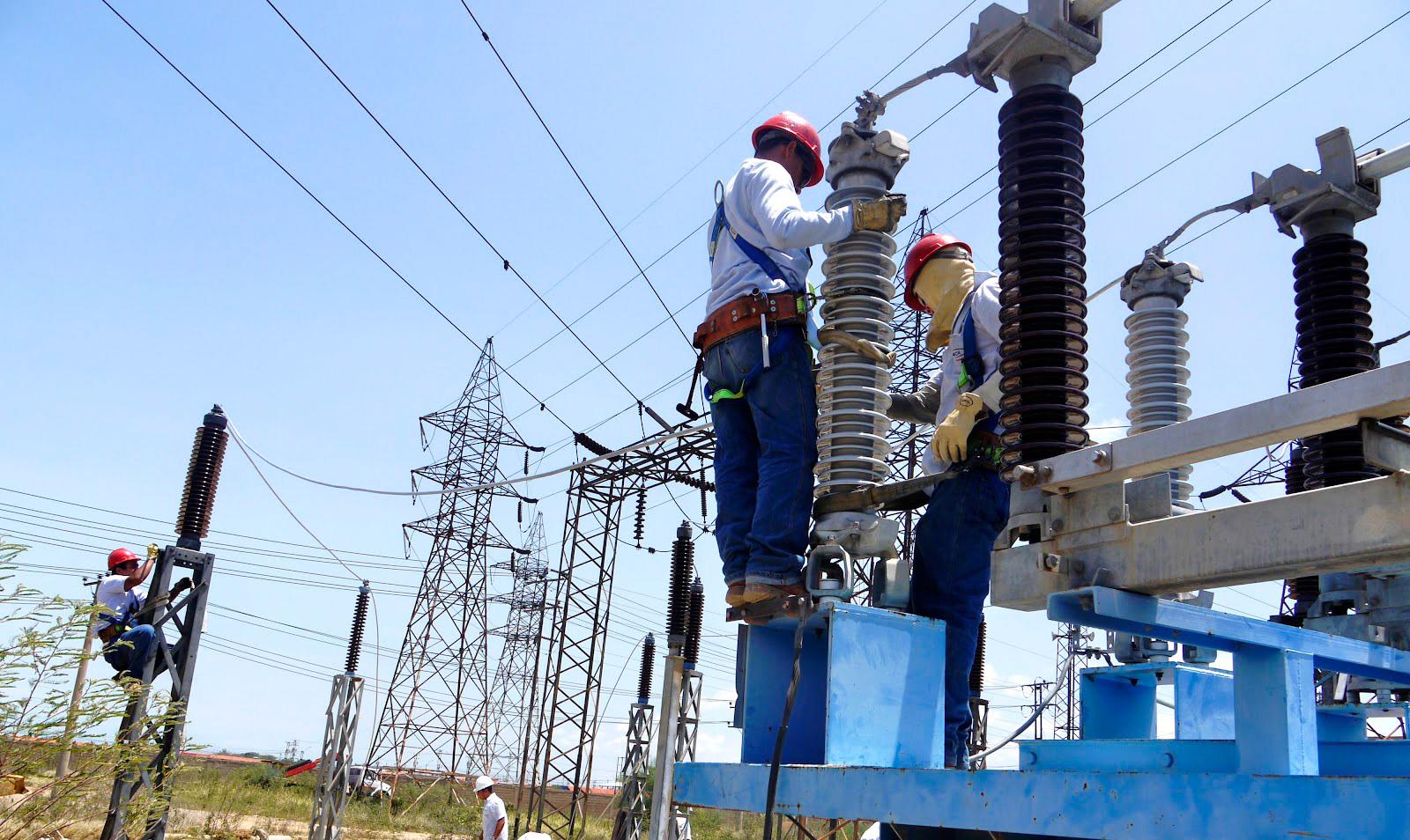 Prisión preventiva contra dos personas por manipular redes eléctricas