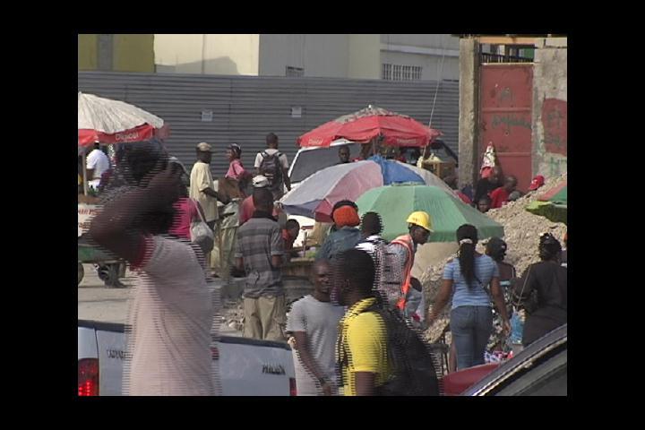 Crisis en Haití al borde del colapso; piden destitución del Primer Ministro