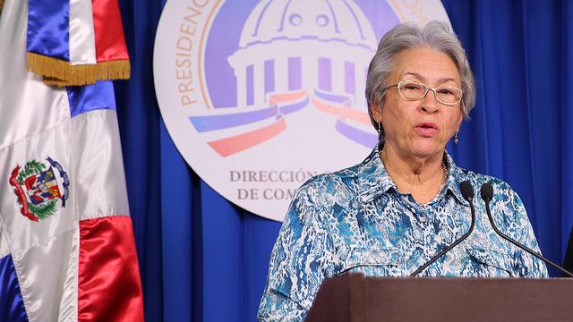 Ministra de Salud: Danilo Medina salva la vida de las mujeres dominicanas
