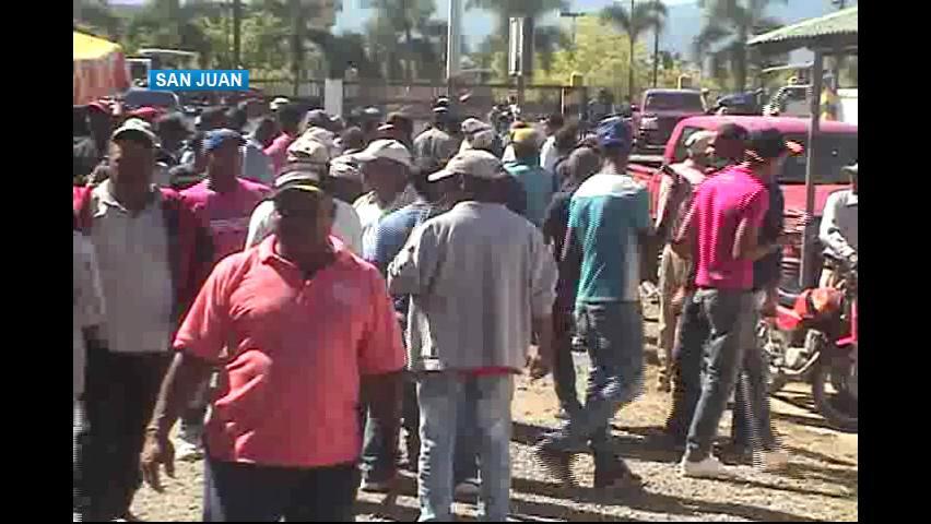 Productores marchan en San Juan en rechazo a la importación de habichuela