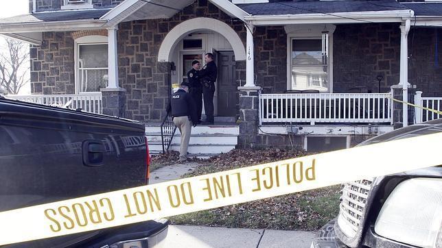 La Policía de Pensilvania busca al exmilitar que mató a seis miembros de una familia