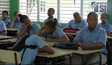 Profesores y directores se quejan por baja asistencia de estudiantes