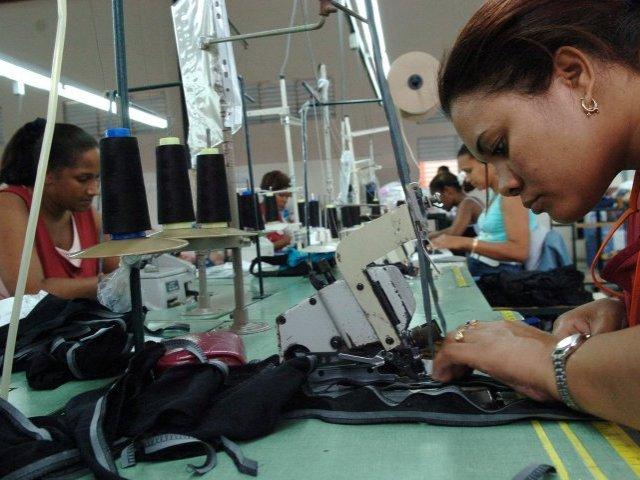 Textileros demandan más producción local para desarrollarse