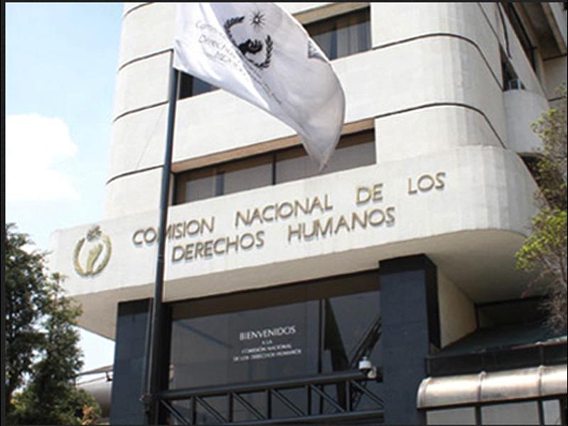 CNDH asume defensa de pareja dominicana por supuesto abuso de agentes de la AMET