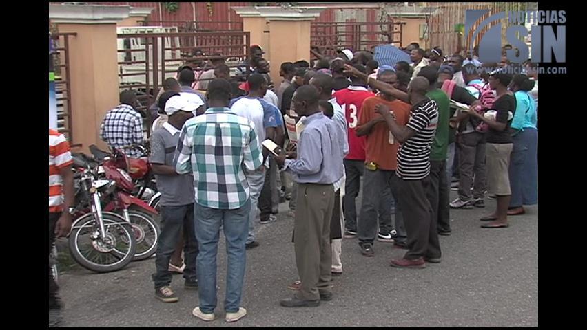 Haití anuncia plan para dar bienvenida a sus compatriotas lleguen de RD