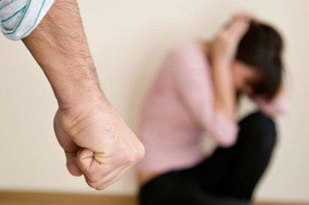 El 77% cree mujeres provocan hombres las golpeen