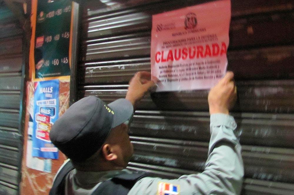 El MIP clausura 25 centros de expendio de alcohol
