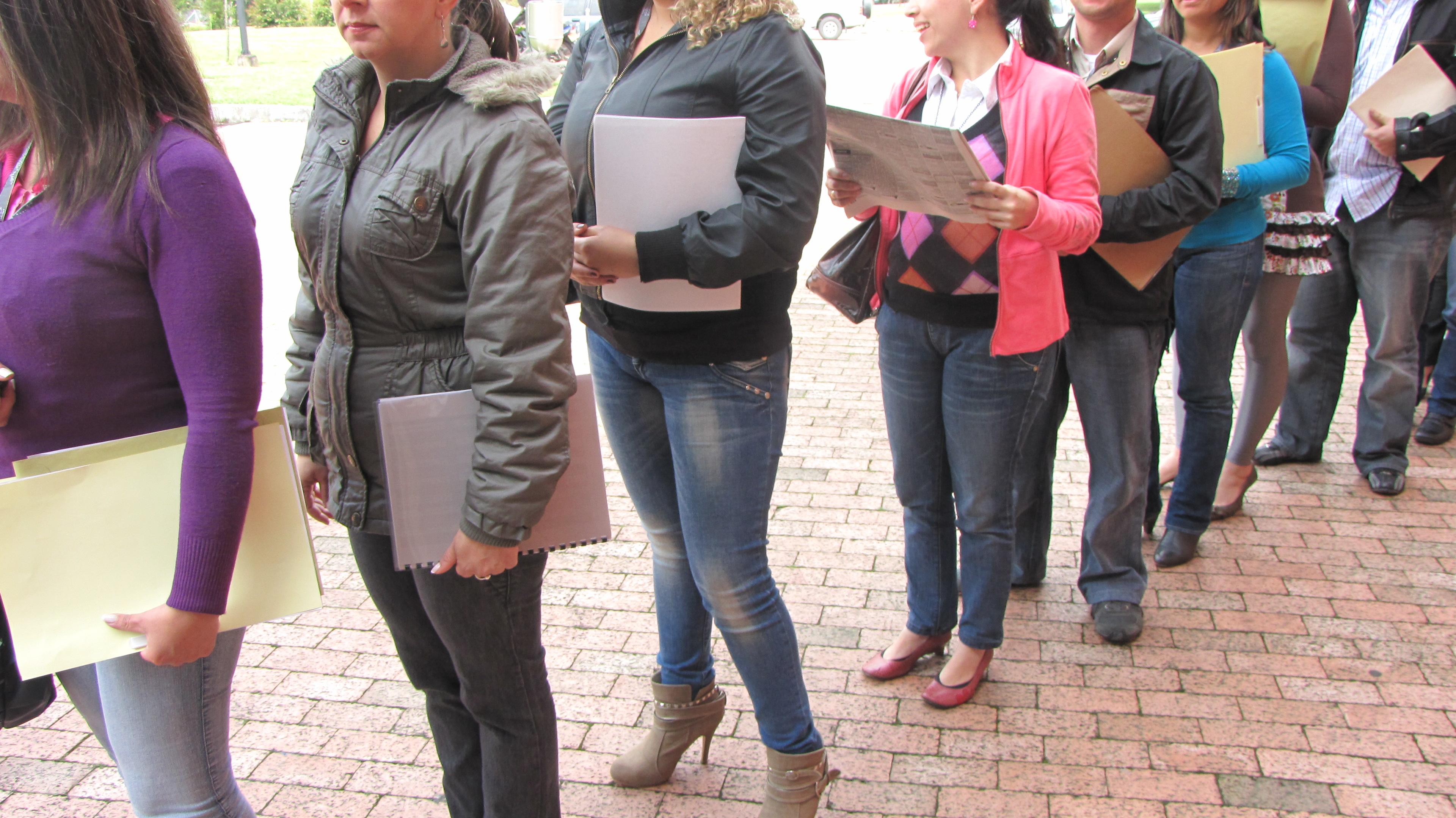 Las solicitudes semanales de subsidio de desempleo en EE.UU. bajan en 5.000