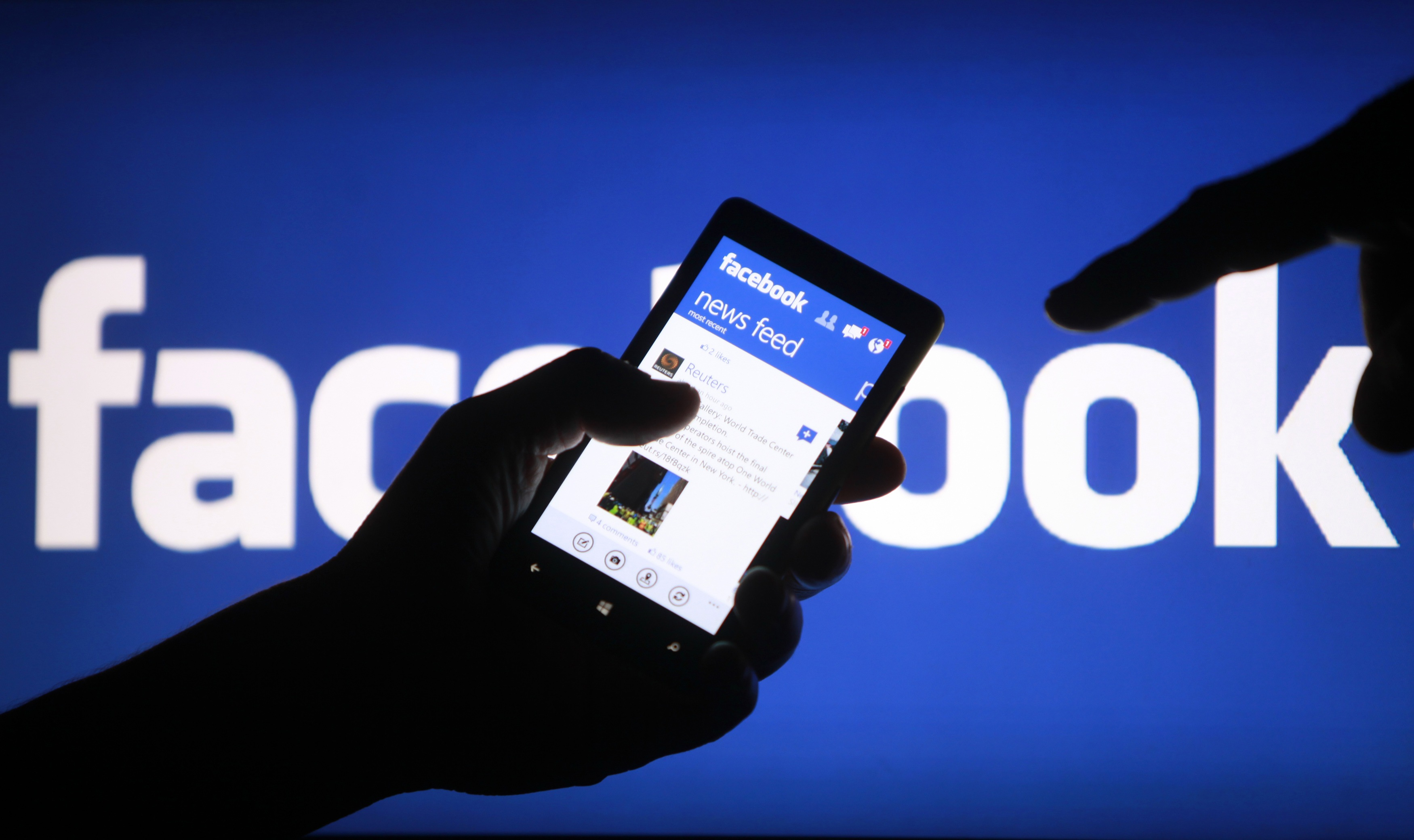 Algunos medios comienzan a publicar artículos directamente en Facebook