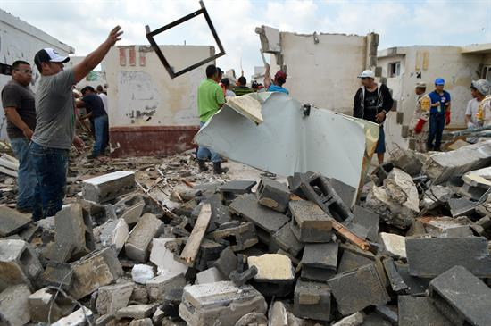 Peña Nieto viajará a zona afectada por tornado