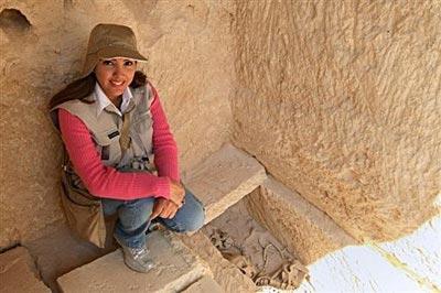 Arqueóloga dominicana tras 10 años en busca de la tumba de Cleopatra