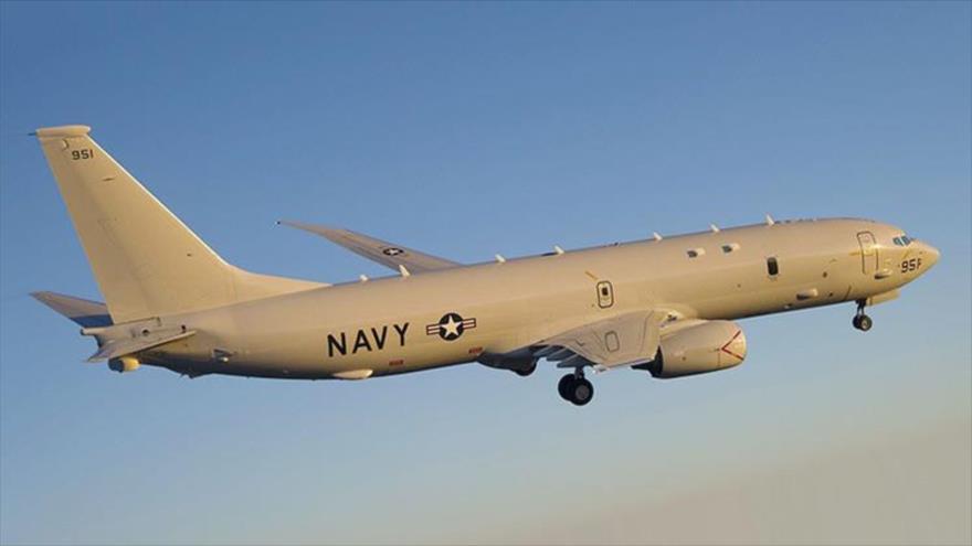 Avión de EE.UU. recibe ocho advertencias por volar sobre el Mar de China Meridional