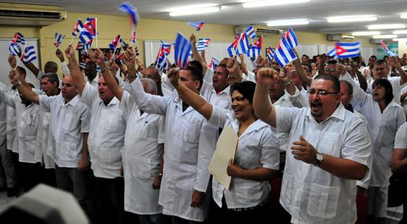 Cuba enviará brigada médica a Nepal para atender a víctimas del terremoto