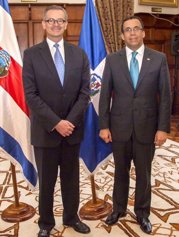 Canciller costarricense llega a RD para firma de acuerdos