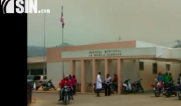 Personas acuden afectadas de problemas respiratorios por humareda en Constanza