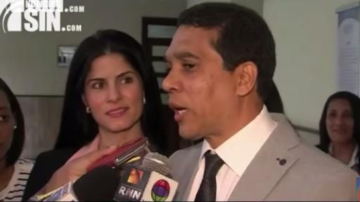 Salud Pública retira exequátur al cirujano plástico Edgar Contreras