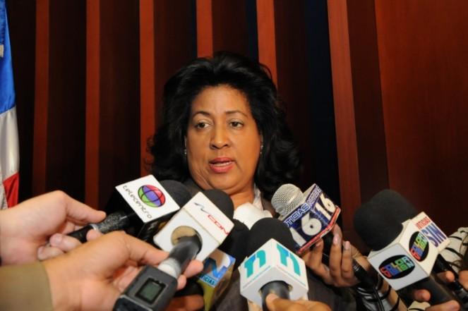 Cristina Lizardo llama a la sociedad a la paz