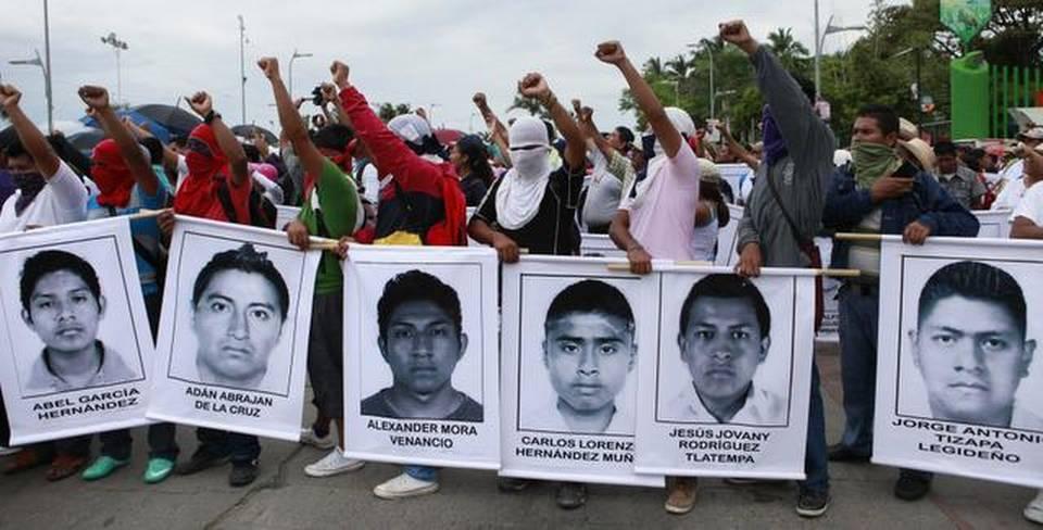 Familias de los 43 desaparecidos en México amenazan con radicalizar acciones