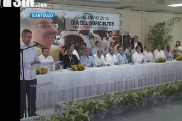 Productores de Moca expresan su preocupación ante el presidente Medina