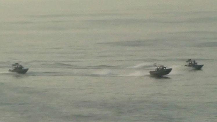 Guardia costera de Irán abre fuego contra un buque con bandera de Singapur en el golfo Pérsico