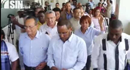 Sindicalistas anuncian su retiro de los escenarios tripartitos
