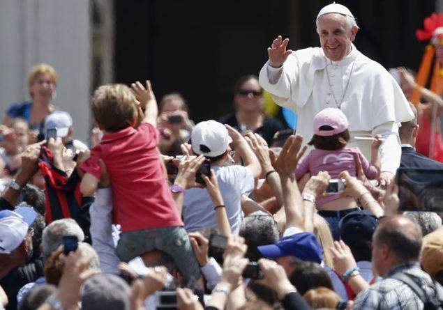 El papa pone a Latinoamérica como ejemplo de política de natalidad
