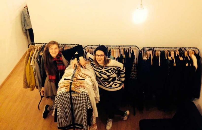 Nace primera tienda de moda que presta ropa como si fuera una biblioteca