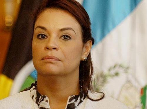 Presidente de Guatemala anuncia la renuncia de vicepresidenta del país