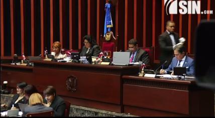 Senado aprueba suspender por un año la entrada en vigencia Ley de Notario