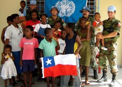 Senado chileno aprueba permanencia de sus tropas en Haití hasta 2016