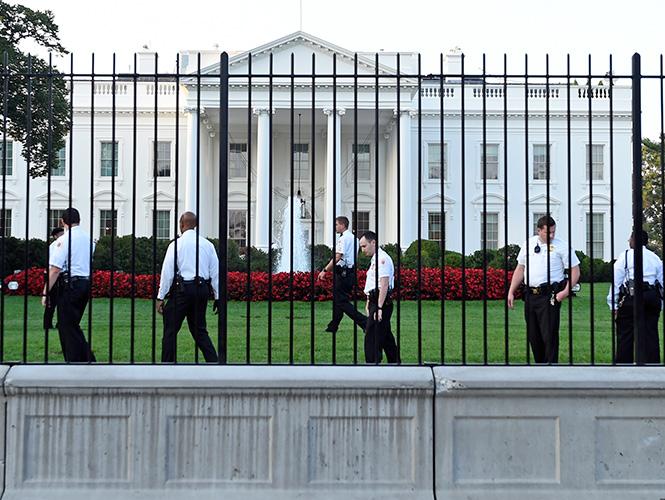 La Casa Blanca reforzará su verja para evitar nuevos saltos de intrusos
