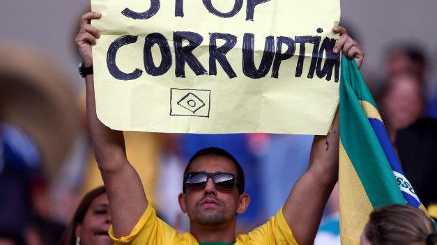 Desmantelan enorme red de corrupción en Brasil